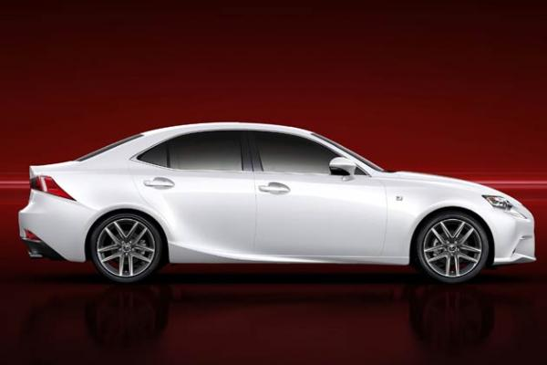 2 фото Lexus IS 2014