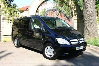 Mercedes Viano 3